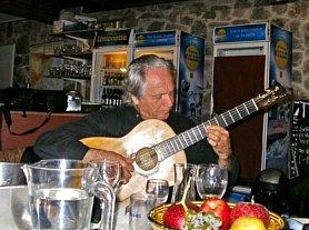 Pedro SolerPedro Soler bei einer Session nach dem Konzert in Eus